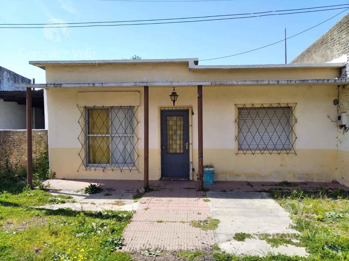 Foto Casa en Alquiler en  Carmelo ,  Colonia  25 de agosto entre Isidoro y Treinta y Tres