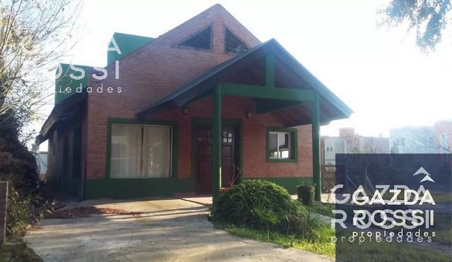 Foto Casa en Alquiler en  Brickland,  Countries/B.Cerrado  Brickland