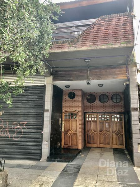 Foto PH en Venta |  en  Villa Crespo ,  Capital Federal  JUFRE al 900