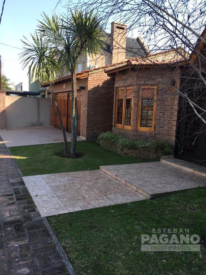 Foto Casa en Venta en  Manuel B Gonnet,  La Plata  509 esq 29 N° 3411