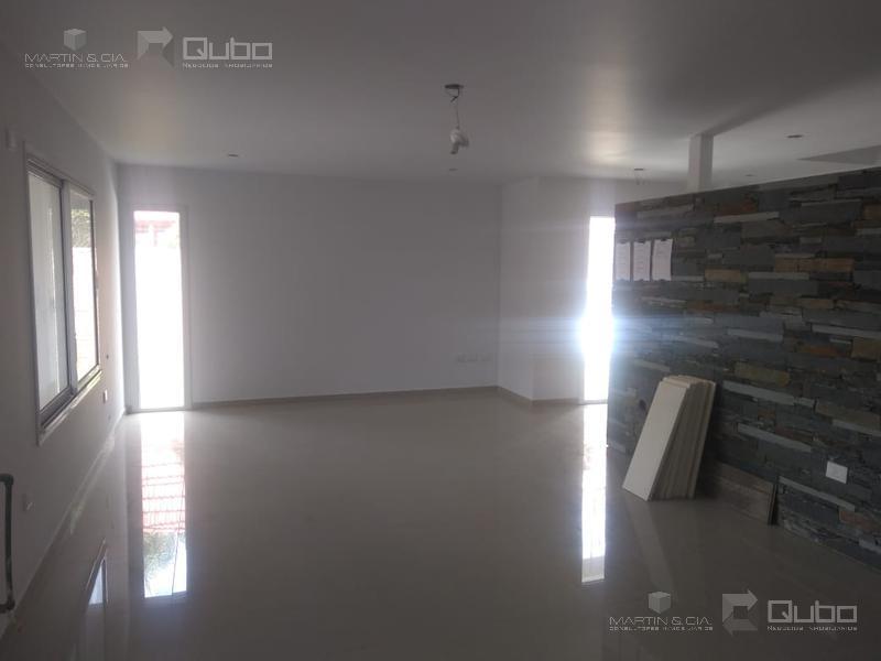Foto Casa en Venta en  Arguello,  Cordoba  Av. Recta Martinoli al 6200