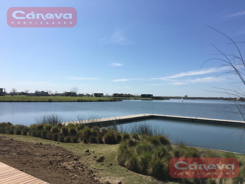 Foto Terreno en Venta en  Puertos del Lago,  Countries/B.Cerrado (Escobar)  Puertos del Lago Nordelta
