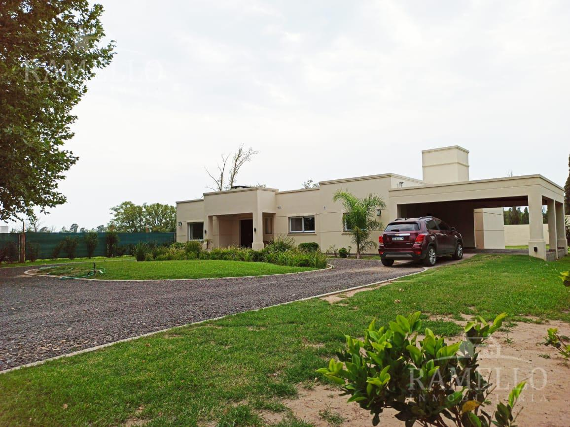 Foto Casa en Venta en  Rio Cuarto,  Rio Cuarto  Quinta sector autodromo