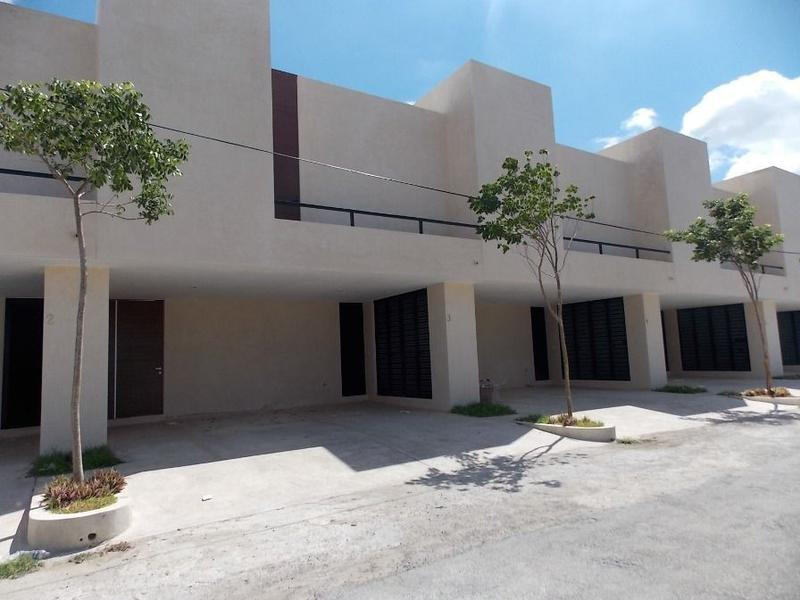Foto Casa en Venta en  Fraccionamiento Montecristo,  Mérida  TownHouse en Venta Montecristo 130 Mérida Yucatán
