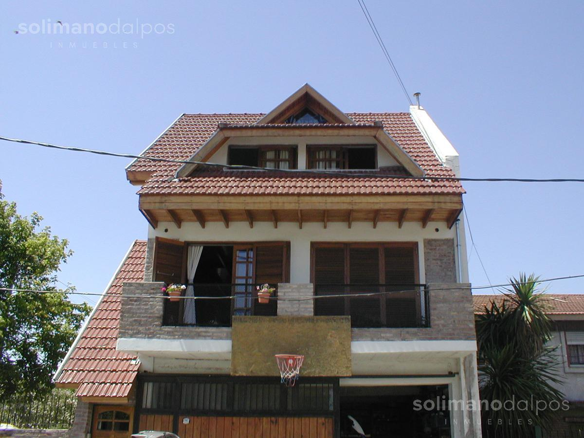 Foto Casa en Venta en  Mart.-Fleming/Panam.,  Martinez  Dorrego al 2100