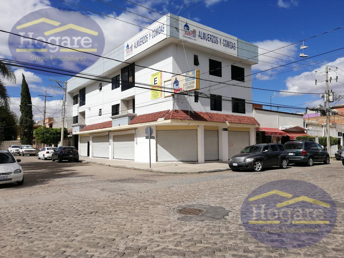 Local en renta equipado en ESQUINA Fraccionamiento Bugambilias León Gto. En avenida