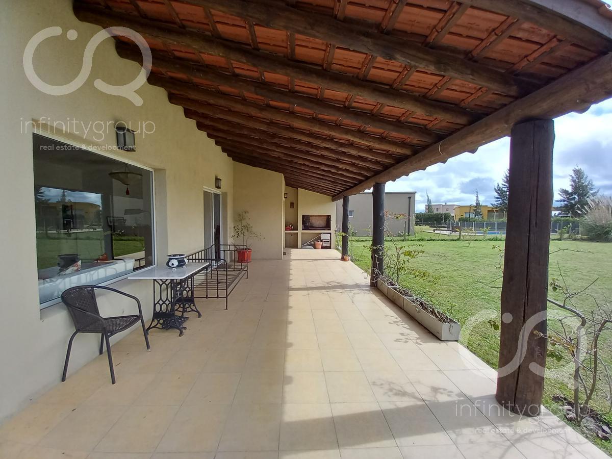 Foto Casa en Venta en  San Gabriel,  Villanueva  Casa en Barrio San Gabriel (Villanueva)