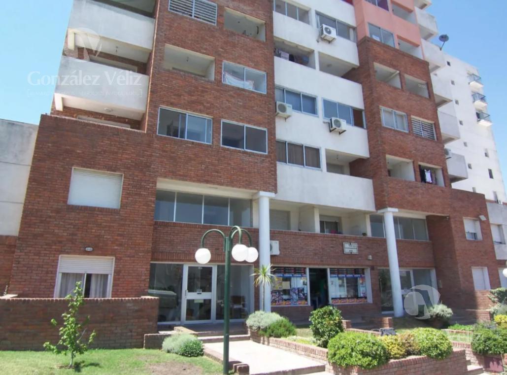 Foto Apartamento en Venta | Alquiler | Alquiler temporario en  Colonia del Sacramento ,  Colonia  Colonia del Sacramento - A una cuadra de BuqueBus