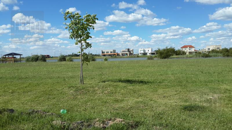 Foto Terreno en Venta en  Country Santa Rita,  Countries/B.Cerrado (San Vicente)  Santa Rita