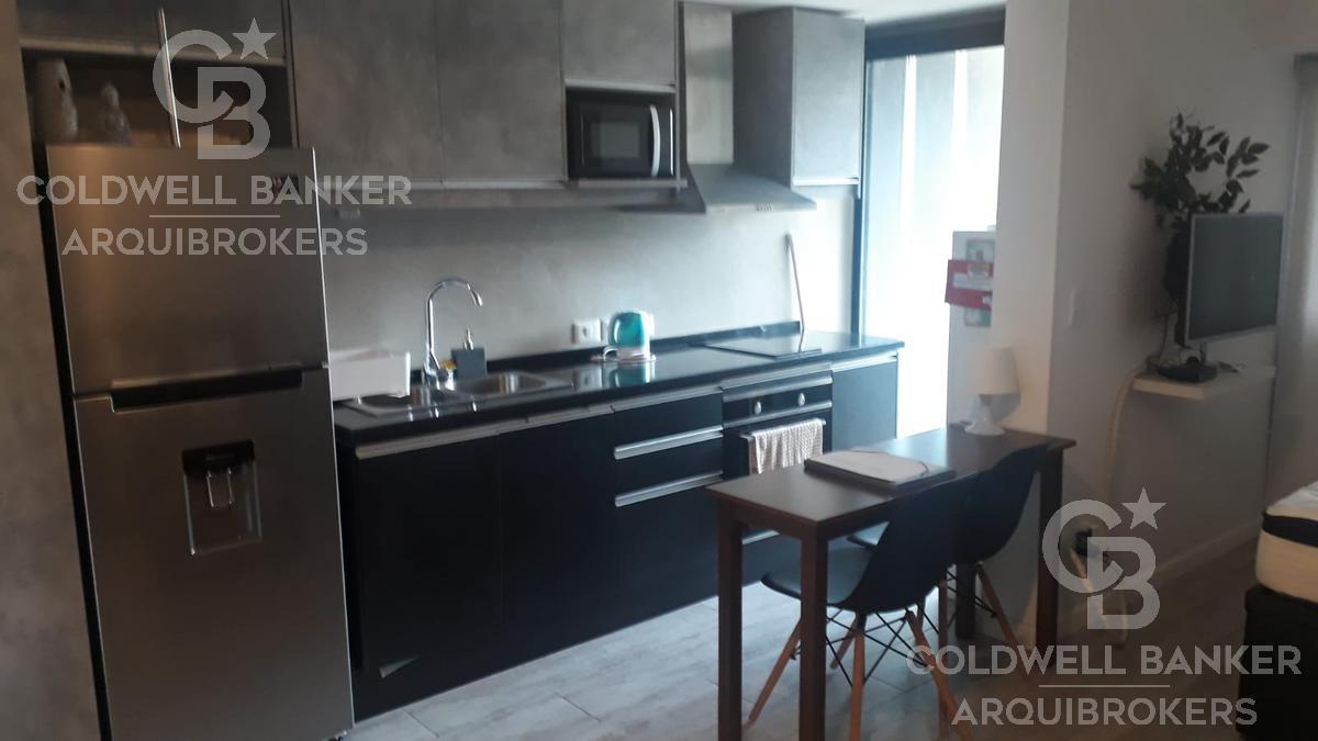 Foto Apartamento en Alquiler en  Punta Carretas ,  Montevideo  Apartamento monoambiente en alquiler con muebles en Punta Carretas