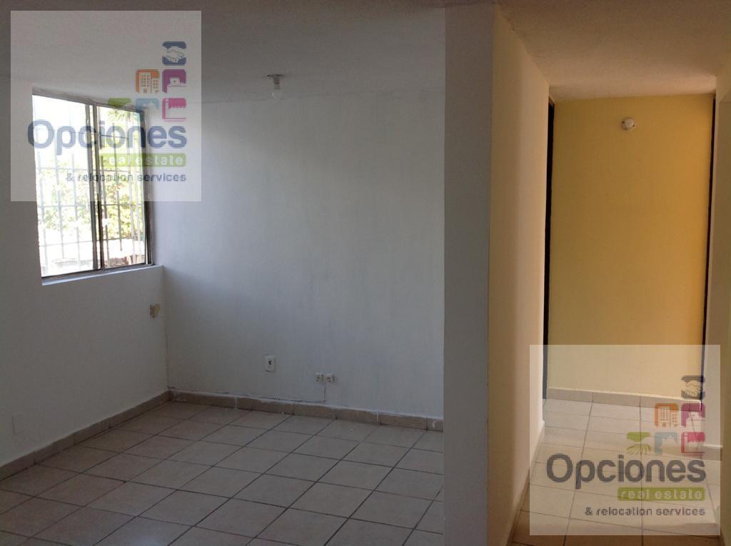 Foto Departamento en Renta en  Unidad habitacional Primavera,  Salamanca  Primavera 1