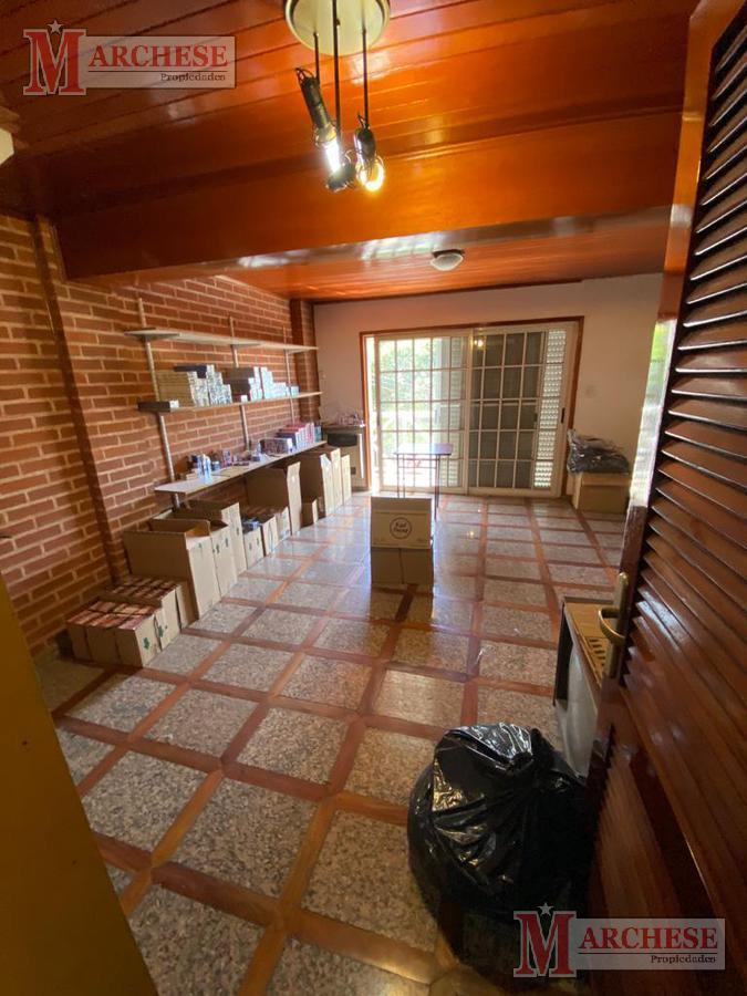 Foto Oficina en Alquiler en  Moron Norte,  Moron  Intendente Grant al 600