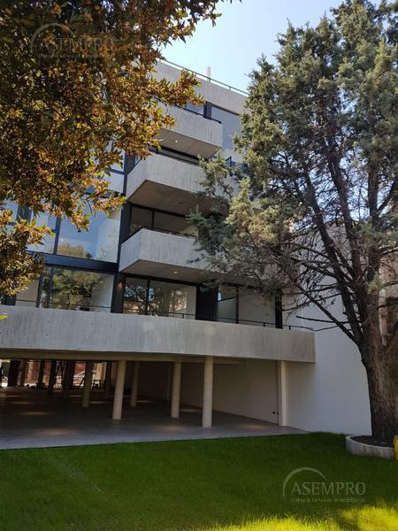 Foto Cochera en Venta en  Saavedra ,  Capital Federal  Paroissien 3700 C6