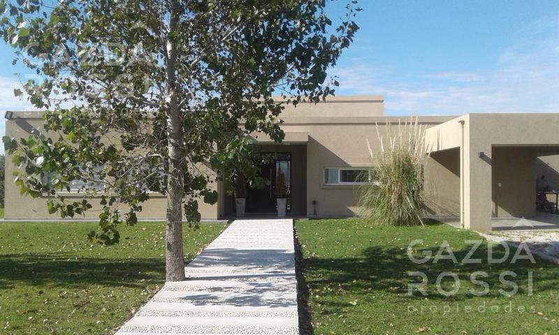 Foto Casa en Alquiler en  Fincas de San Vicente,  San Vicente  Hermosa casa con pileta alquiler y venta en Fincas de San Vicente