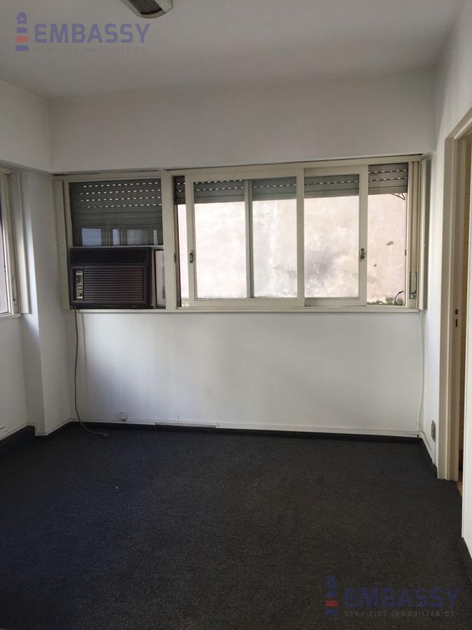 Foto Departamento en Alquiler en  Microcentro,  Centro (Capital Federal)  Esmeralda al 800