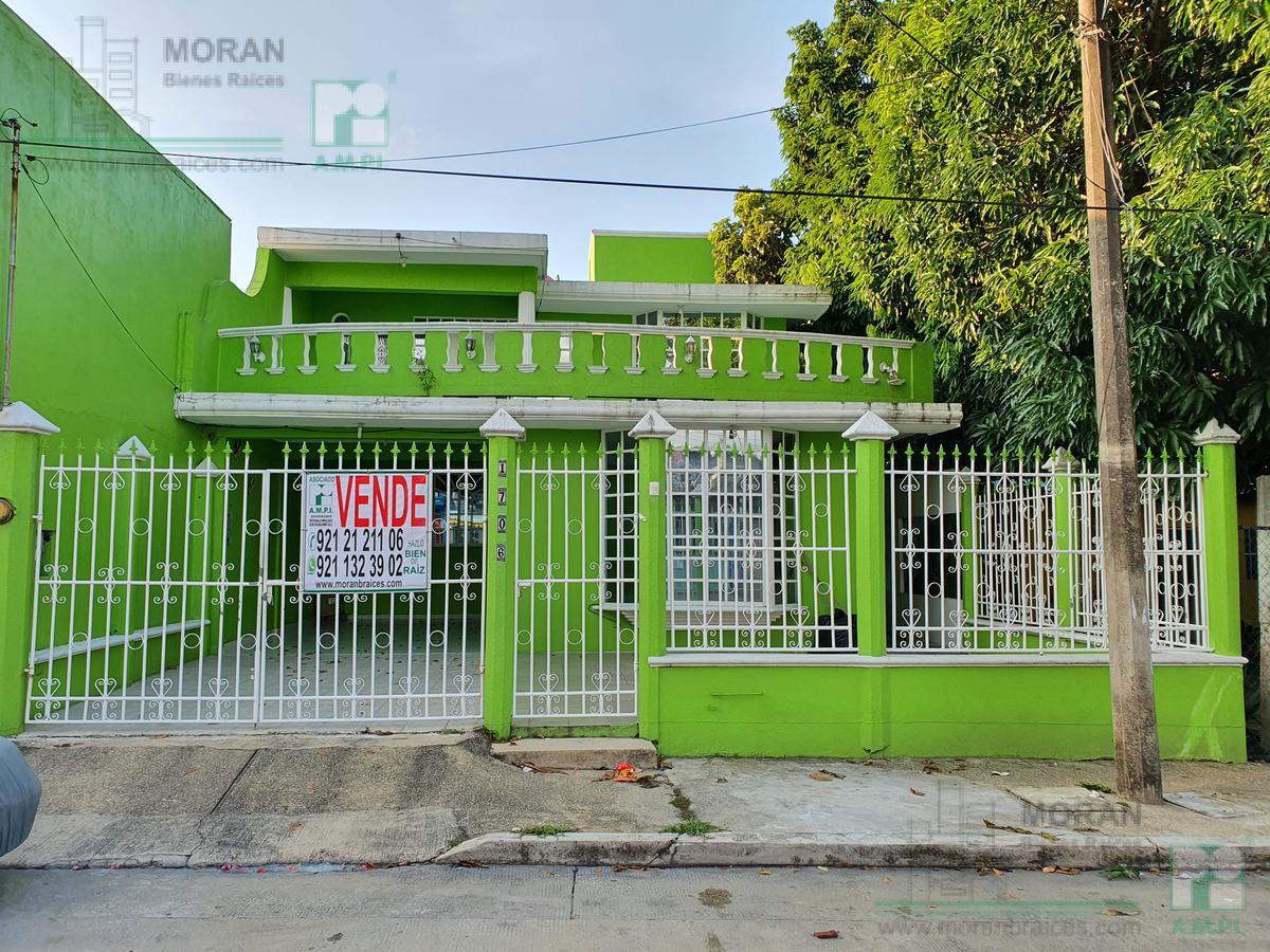 Foto Casa en Venta en  Coatzacoalcos ,  Veracruz  Flores Magón No. 1706, Colonia 20 de Noviembre, Coatzacoalcos, Ver.