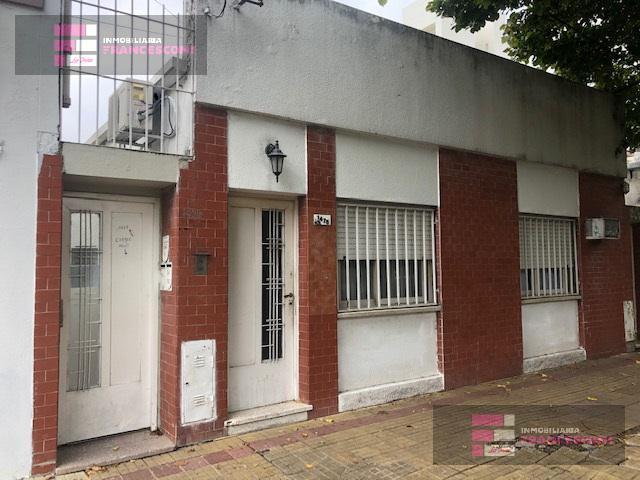 Foto PH en Venta en  La Plata ,  G.B.A. Zona Sur  56 24 y 25