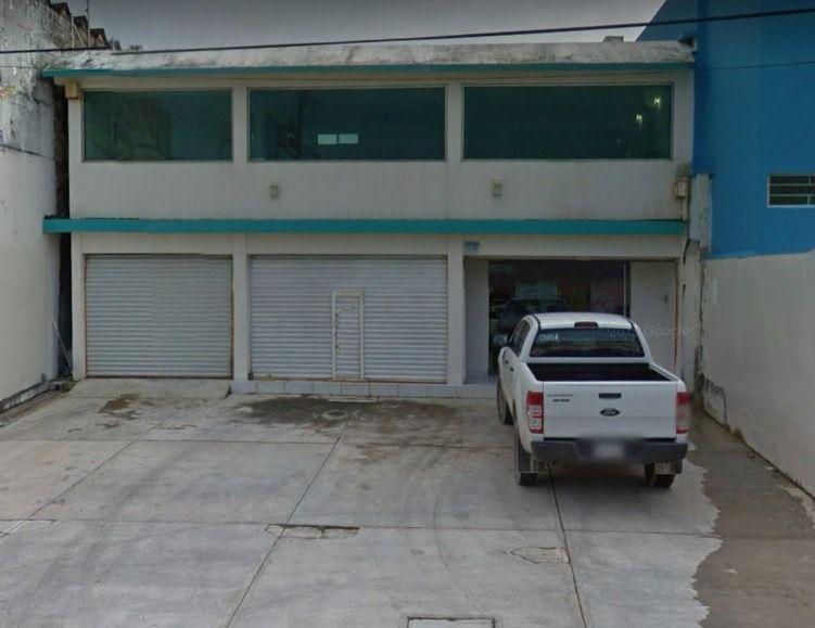 Foto Local en Renta en  Coatzacoalcos Centro,  Coatzacoalcos  OFICINAS AVE. REVOLUCION colonia centro