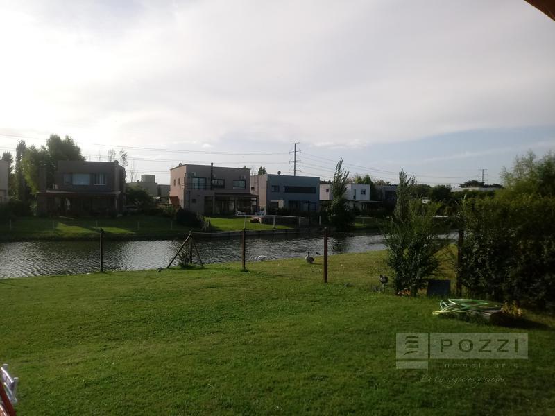 Foto Casa en Venta en  Barrancas de Santa Maria,  Countries/B.Cerrado (Tigre)  Av. de los Constituyentes al 2300