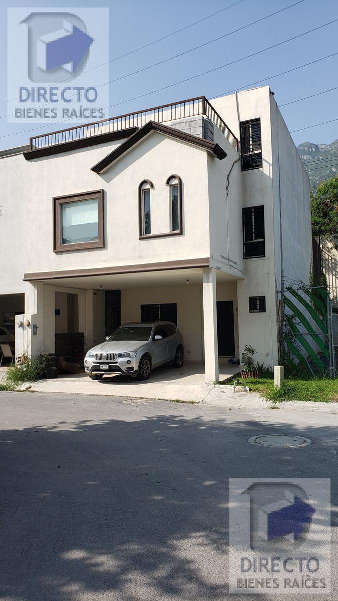 Foto Casa en Venta en  Valle del Seminario,  San Pedro Garza Garcia  San Patricio al 100