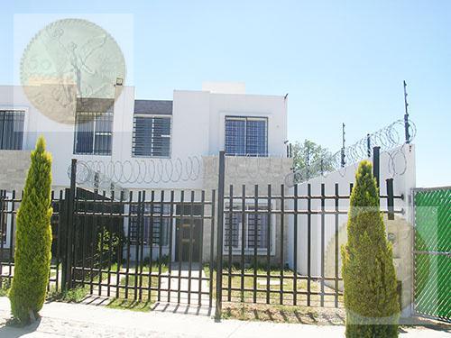 Foto Casa en Venta en  San Juan del Río ,  Querétaro  Linda casa en conjunto privado