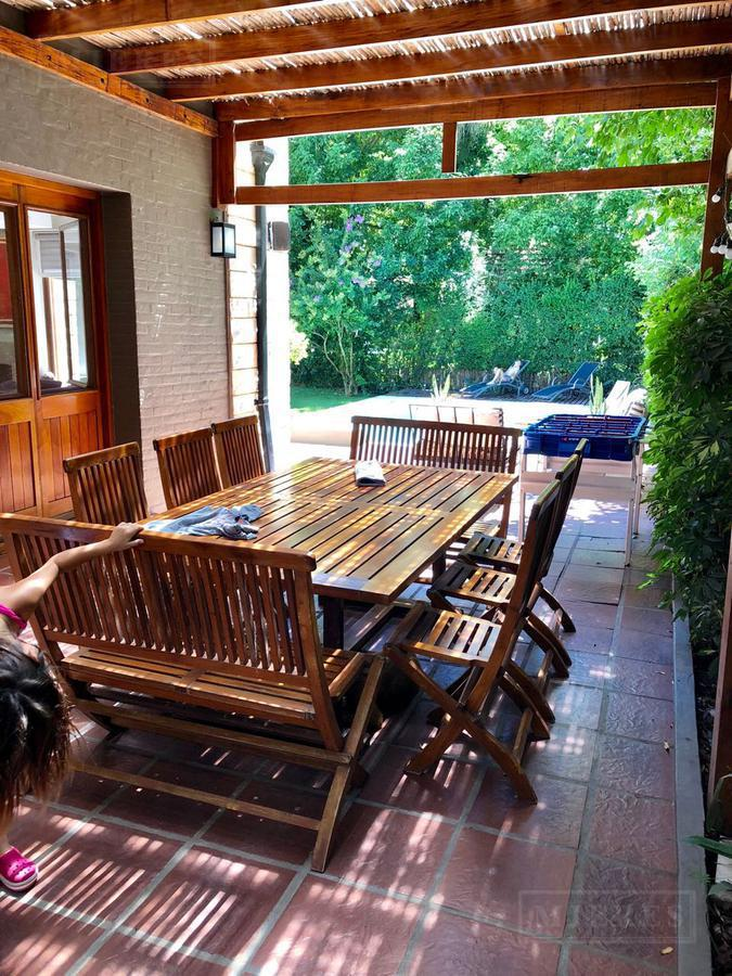 Casa de 280 mts en Olivos Golf Club