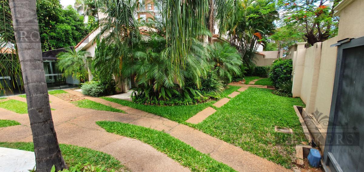 Foto Casa en Venta en  Mcal. Estigarribia,  La Recoleta  Vendo o Alquilo Residencia De 4 Suites Con Piscina Zona Garden