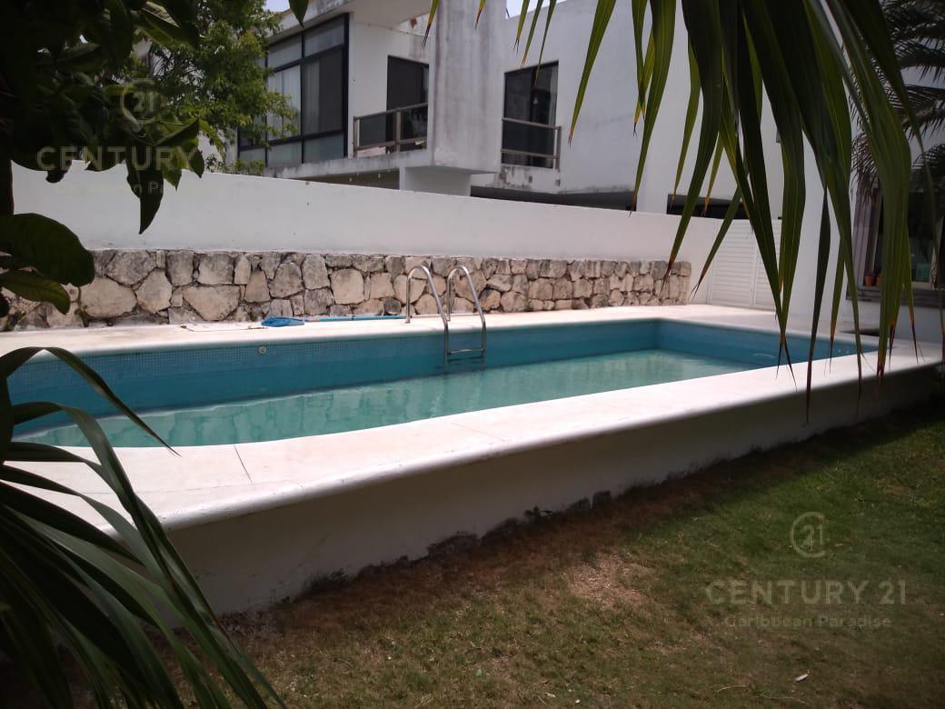 Playa del Carmen Casa for Alquiler scene image 9