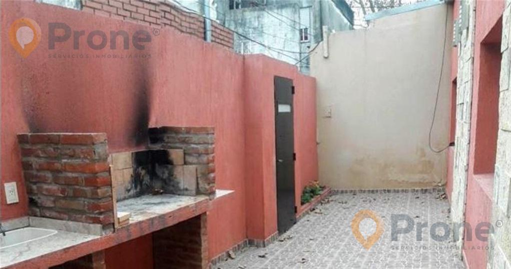 Foto Casa en Venta en  Refinerias,  Rosario  Canning al 100 Pasillo (No PH) 2 Dormitorios