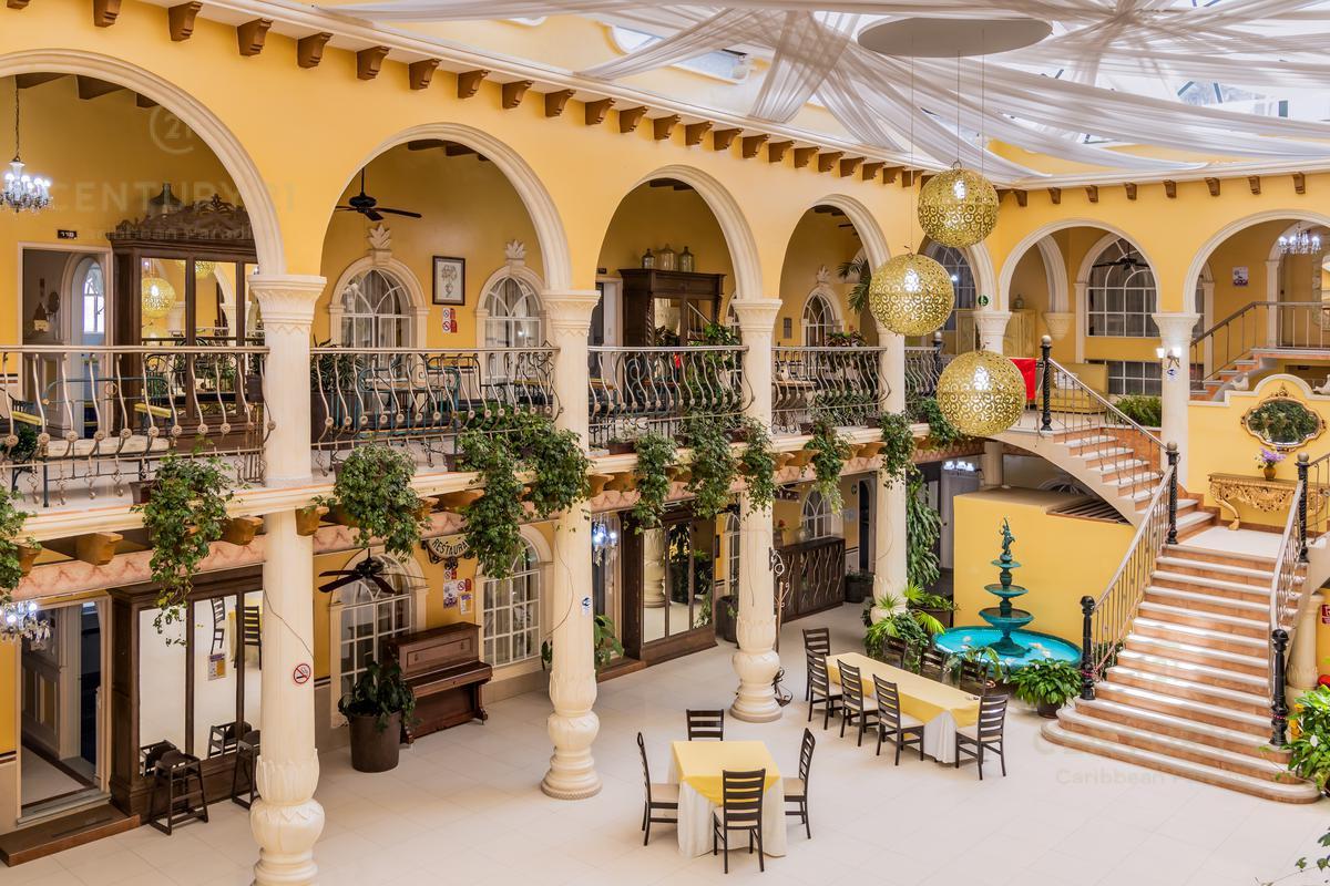 Rafael Lucio Hotel for Venta scene image 0