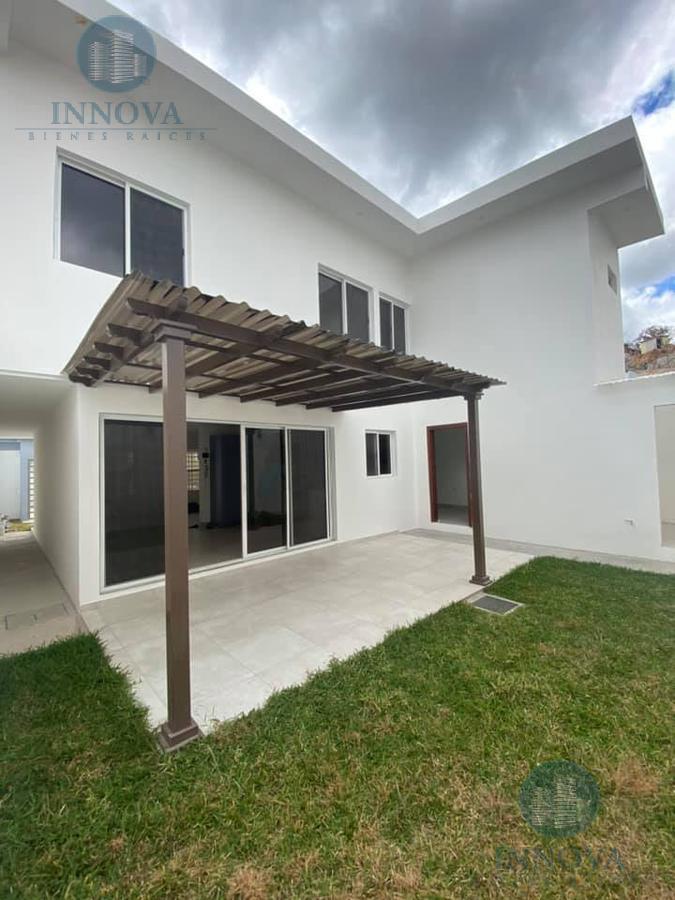 Foto Casa en Venta en  El Sauce,  Tegucigalpa  Casa En Venta Residencial El Sauce Circuito Cerrado Tegucigalpa