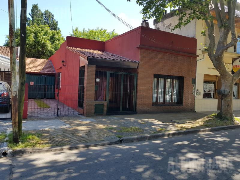 Foto Casa en Venta en  Villa Ballester,  General San Martin  San Juan al 4200