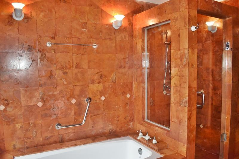 Zona Hotelera Casa for Venta scene image 26