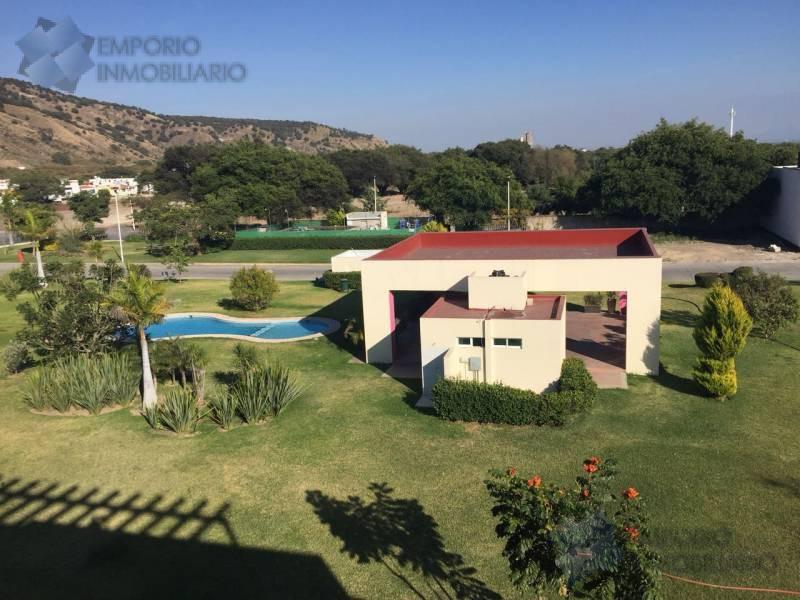 Foto Terreno en Venta en  Bosques de Santa Anita,  Tlajomulco de Zúñiga  Terreno Residencial Venta Bosque Cedros $1,590,000 A257 E2