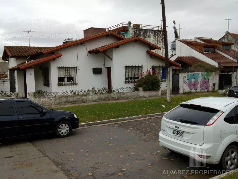 Foto Casa en Venta en  San Miguel ,  G.B.A. Zona Norte  Rodriguez Peña al 1500