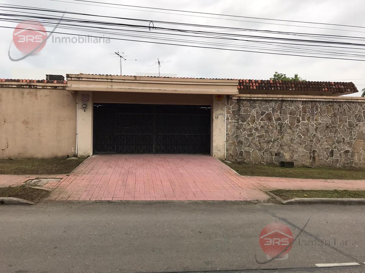 Foto Casa en Venta en  Los Andes,  San Pedro Sula  ¡Gran Casa de una planta ubicada en Barrio Los Andes 13 Avenida 6 Calle!