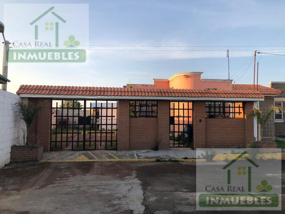Foto Casa en Venta en  Fraccionamiento Los Tuzos,  Mineral de la Reforma  Casa en Venta en Fracc. Los Tuzos con excedente de terreno