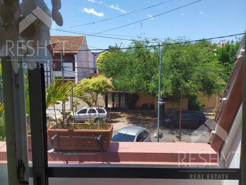 Foto Casa en Venta en  La Lucila,  Olivos  LUIS MONTEVERDE al 4200 - LA LUCILA