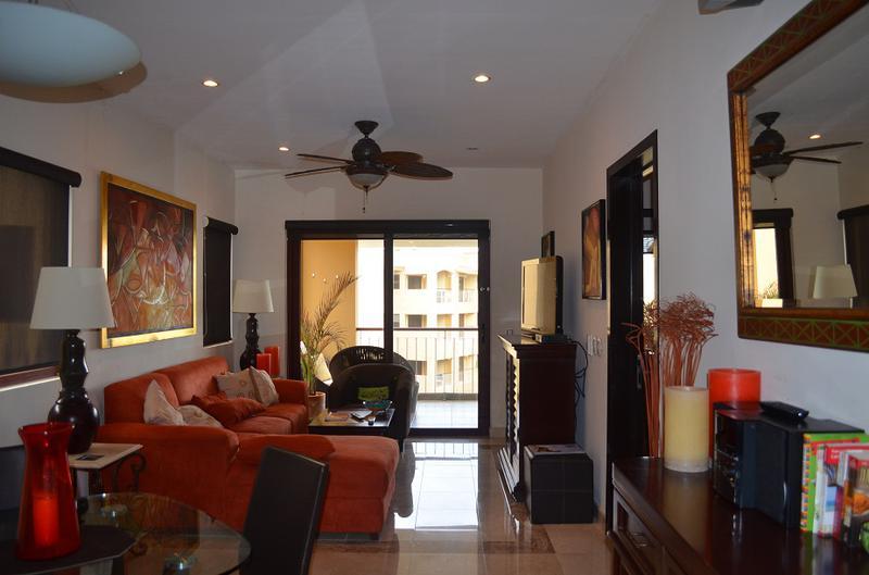 Playa del Carmen Centro Apartment for Sale scene image 1
