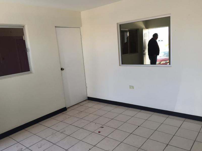 Foto Bodega de Guardado en Renta en  Paseos de Chihuahua,  Chihuahua  Bodega  en Renta en  Cristobal Colón