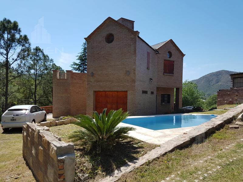 Foto Casa en Venta en  Villa Carlos Paz,  Punilla  IMPERDIBLE!!! - HERMOSA CASA CARLOS PAZ - EXC.OPORTUNIDAD!!!