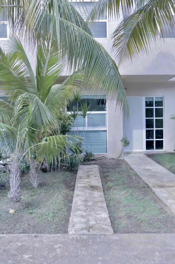 Playa Sol House for Rent scene image 0