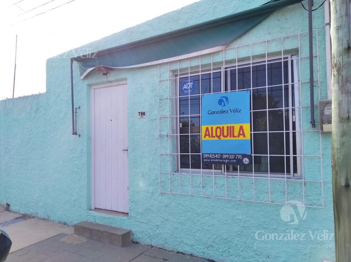 Foto Casa en Alquiler en  Carmelo ,  Colonia  Juncal casi Av. Artigas