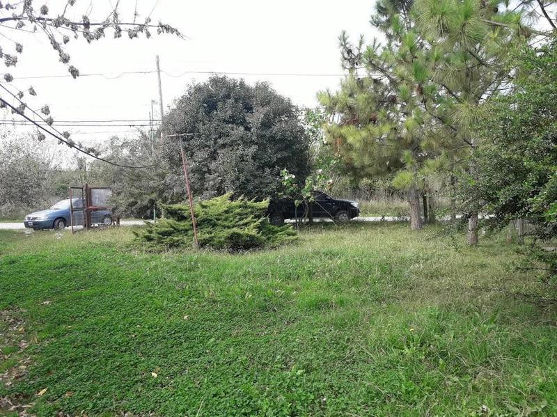 Foto Terreno en Venta en  La Plata ,  G.B.A. Zona Sur  40 E/ 199 Y 200