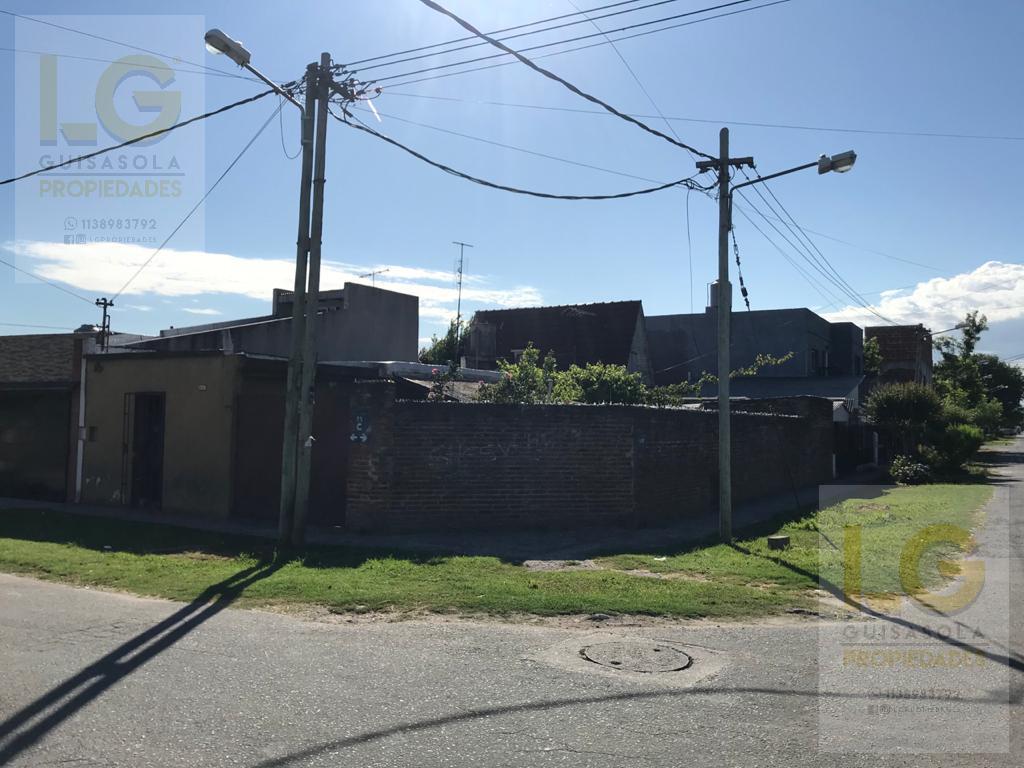 Foto Casa en Venta en  Berazategui,  Berazategui  25C 800
