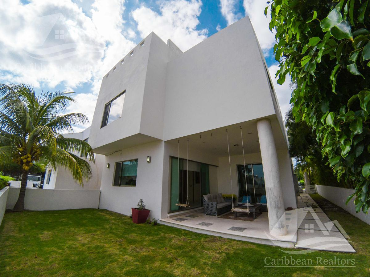 Foto Casa en Venta en  Isla Dorada,  Cancún  Casa en Venta en Cancun zona hotelera / Isla dorada