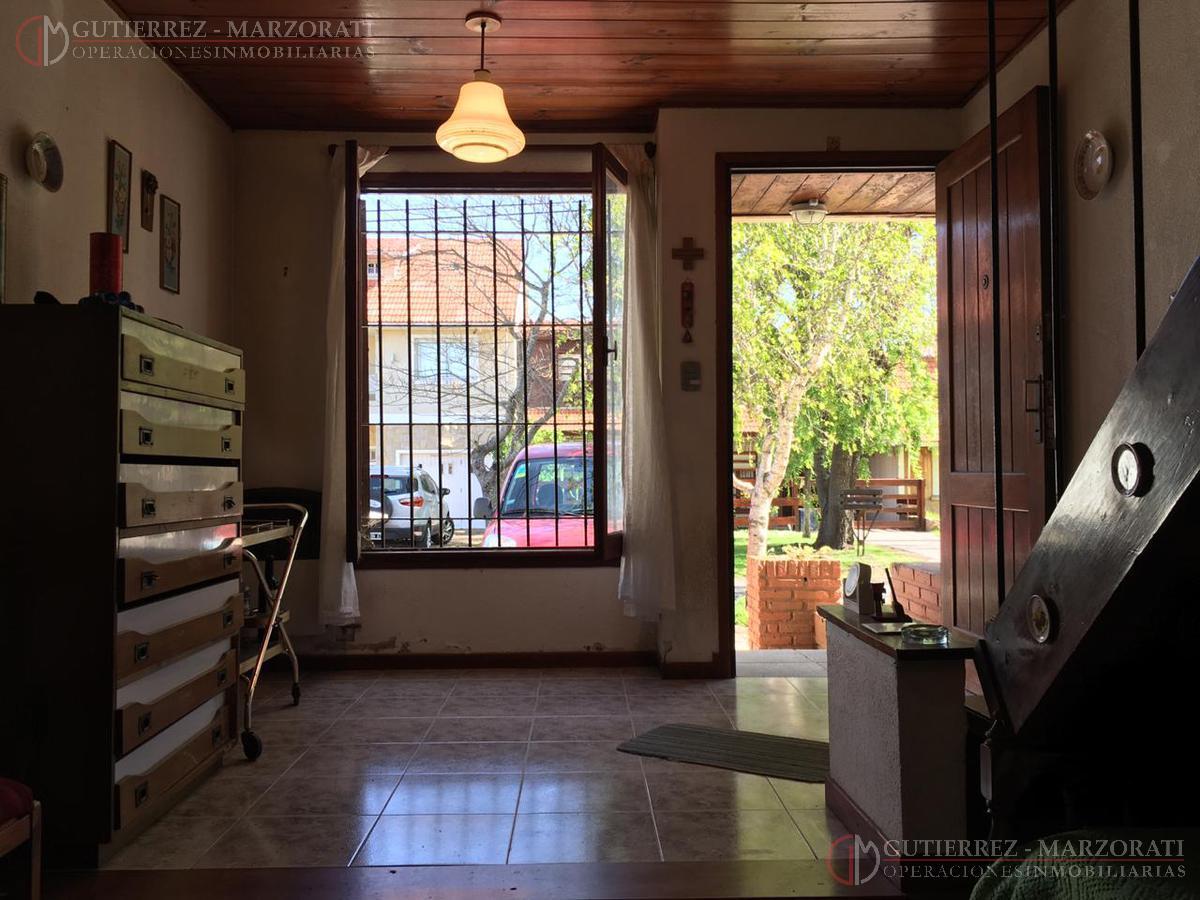 Foto Casa en Venta | Alquiler en  Constitucion,  Mar Del Plata  Sagastizabal al 4600