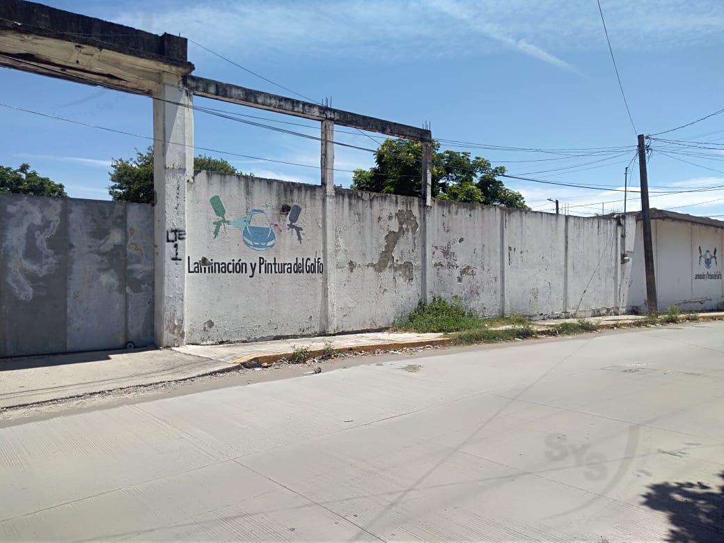 Foto Bodega Industrial en Venta en  Coyol Bolívar I,  Veracruz  Bodega en venta en Fracc. Coyol. VERACRUZ, VER.