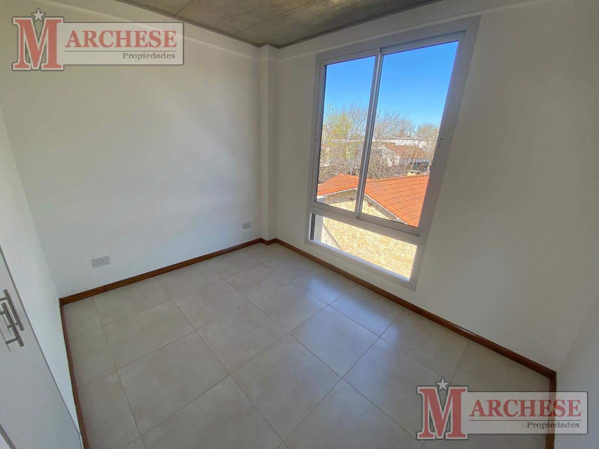 Foto Departamento en Venta en  Castelar Norte,  Castelar  Ventura Bustos al 2200