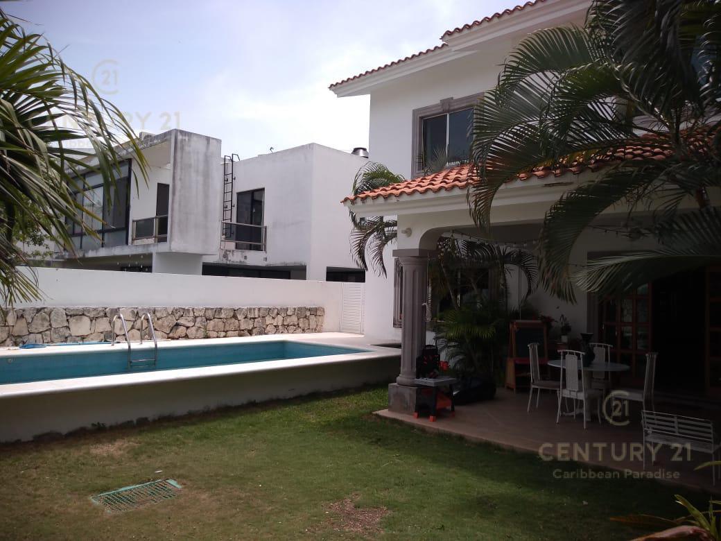 Playa del Carmen Casa for Alquiler scene image 8